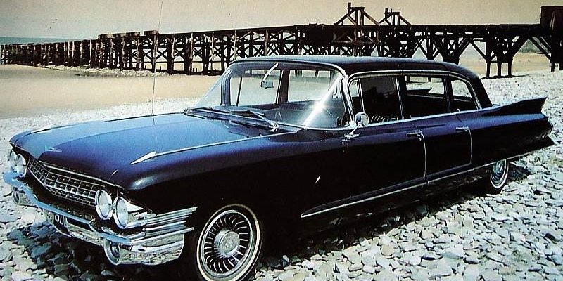cadillac-fleetwood-75-limousine-1961